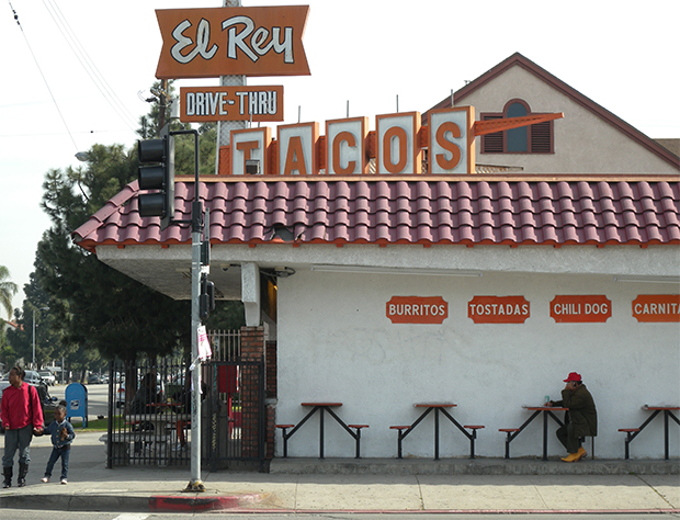 Assessing Healthy Food Options in South Los Angeles Restaurants (2005)
